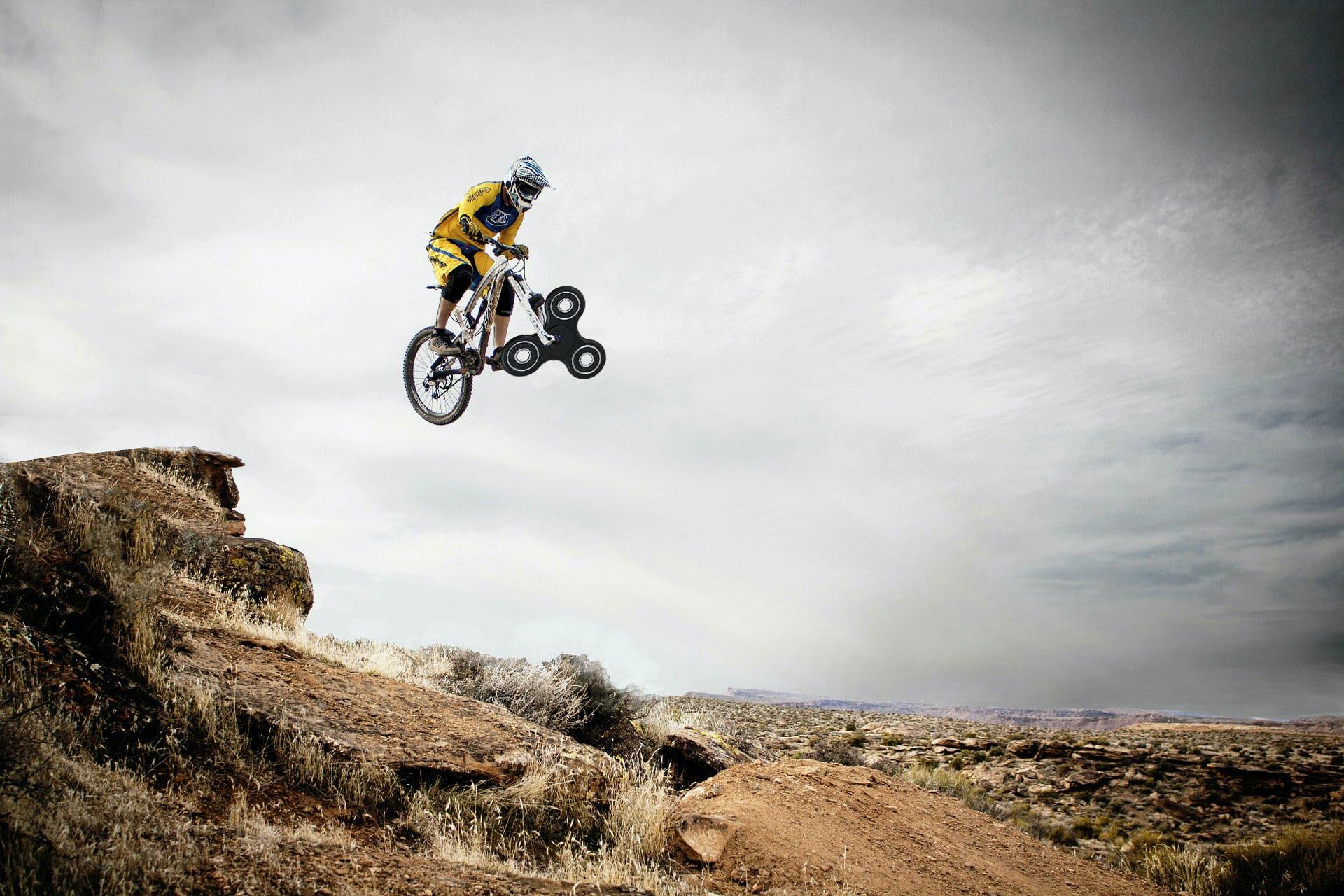 Bike plus fidget spinner