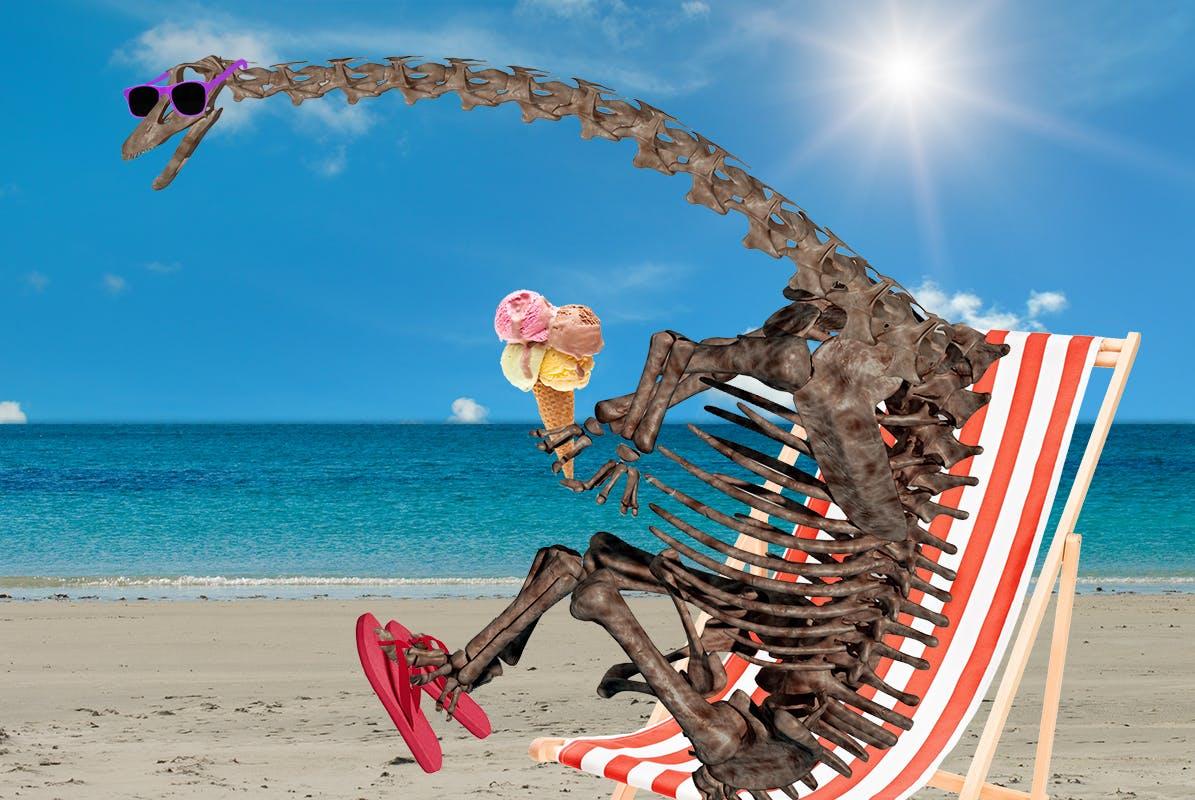 Dippy the dinosaur chillaxing on da beach