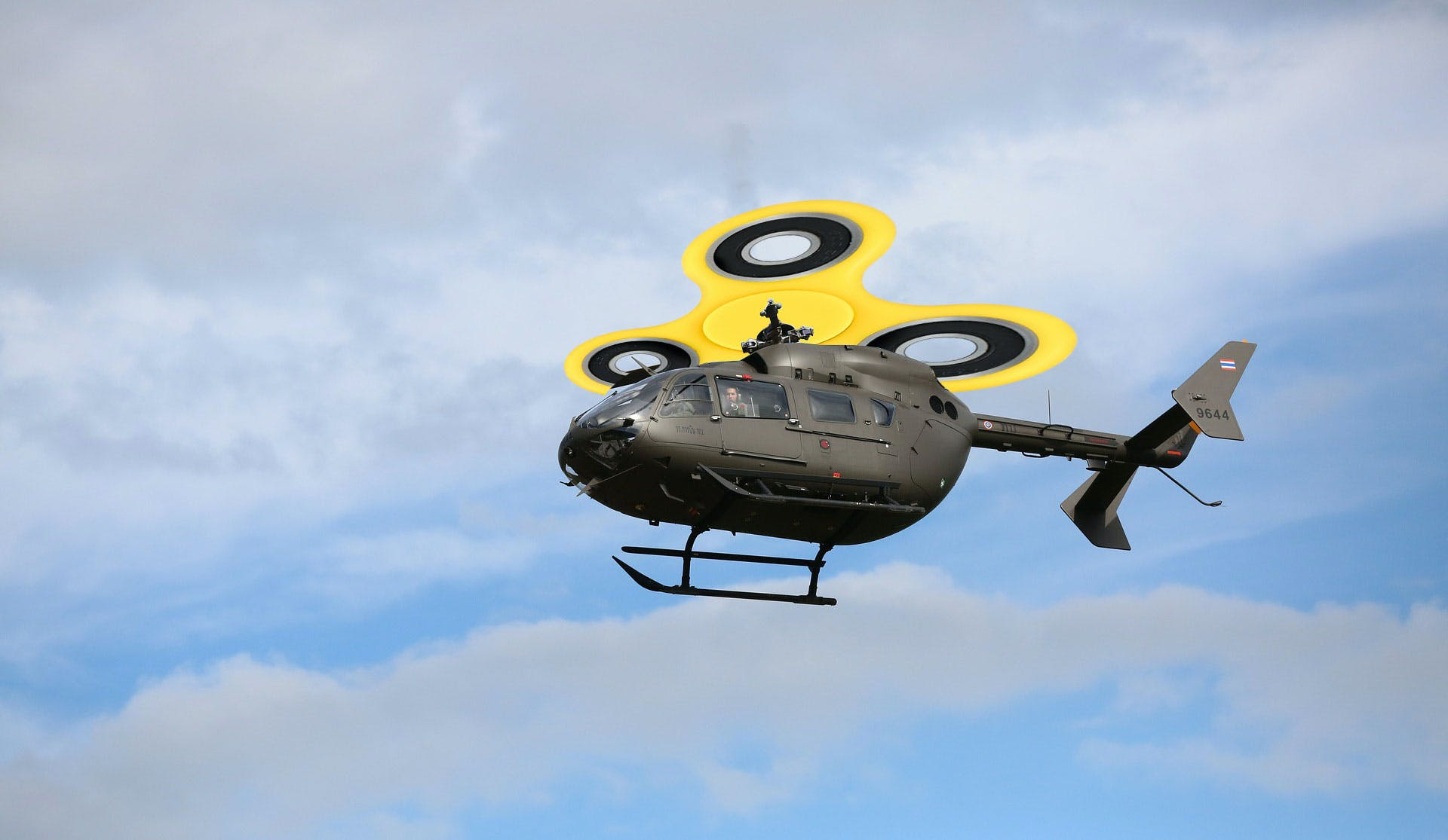 Helicopter plus fidget spinner