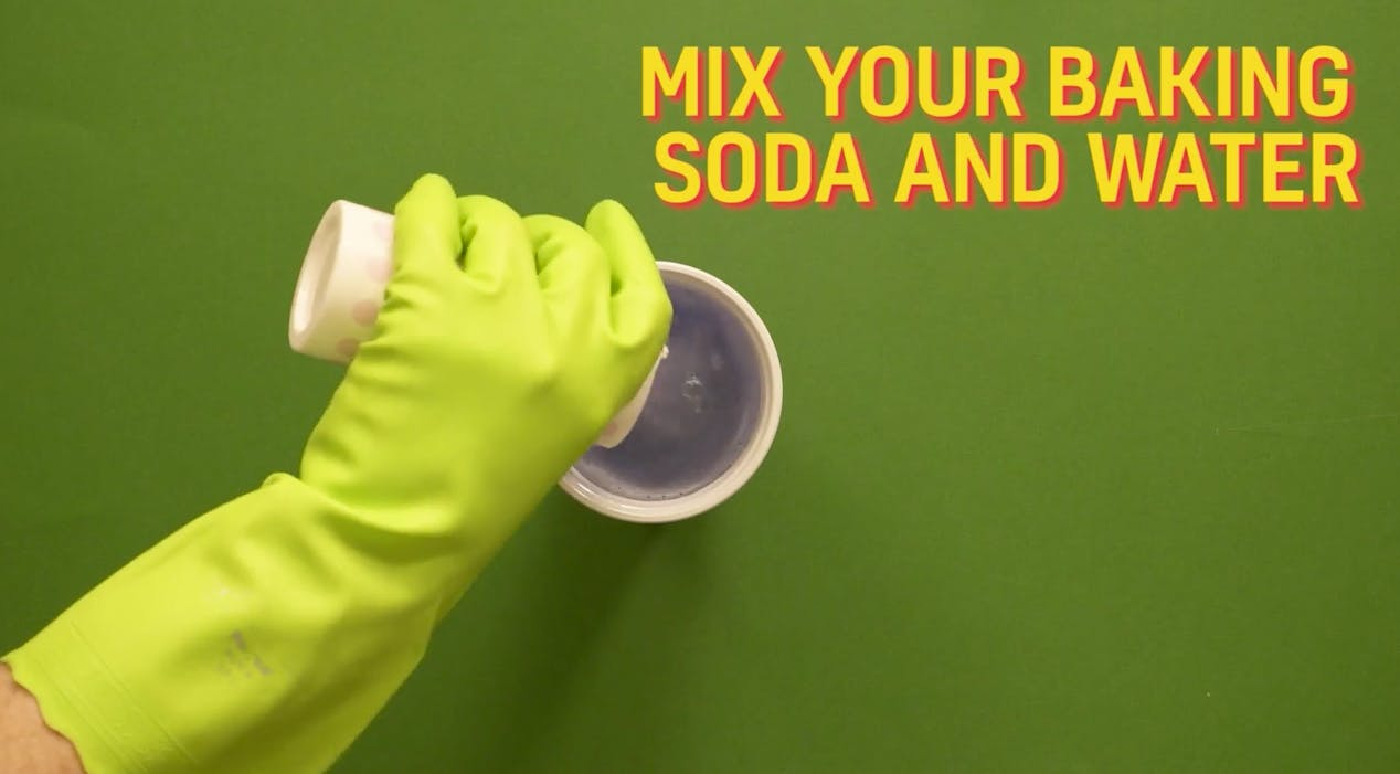 Get your cup of water mix in the baking soda and give it a good stir!