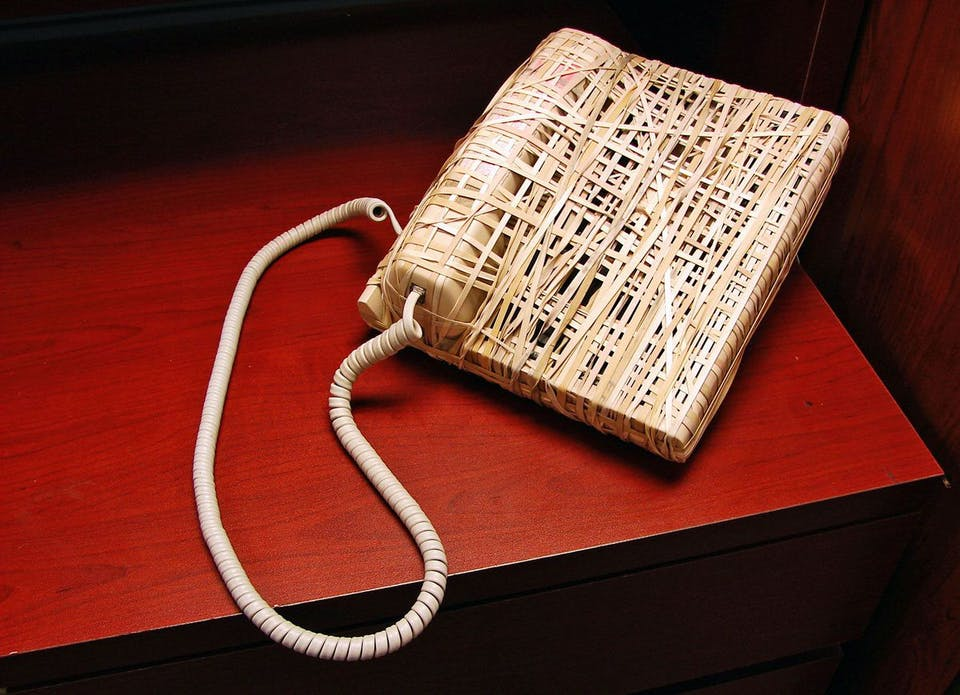 Pranks to do at school: Rubber band telephone