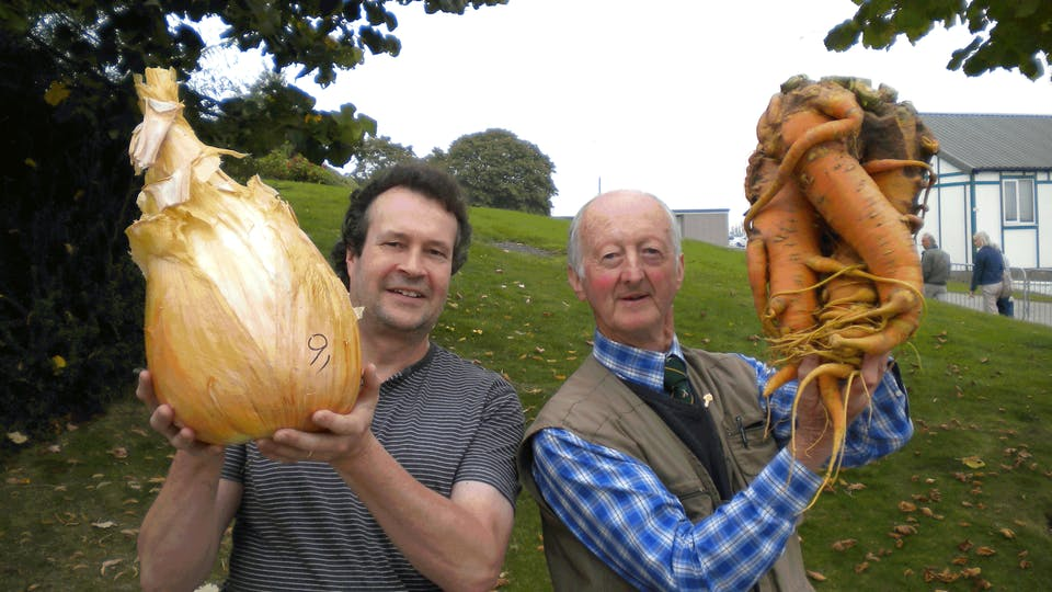 Tony Glover - World Record Holder for heaviest onion