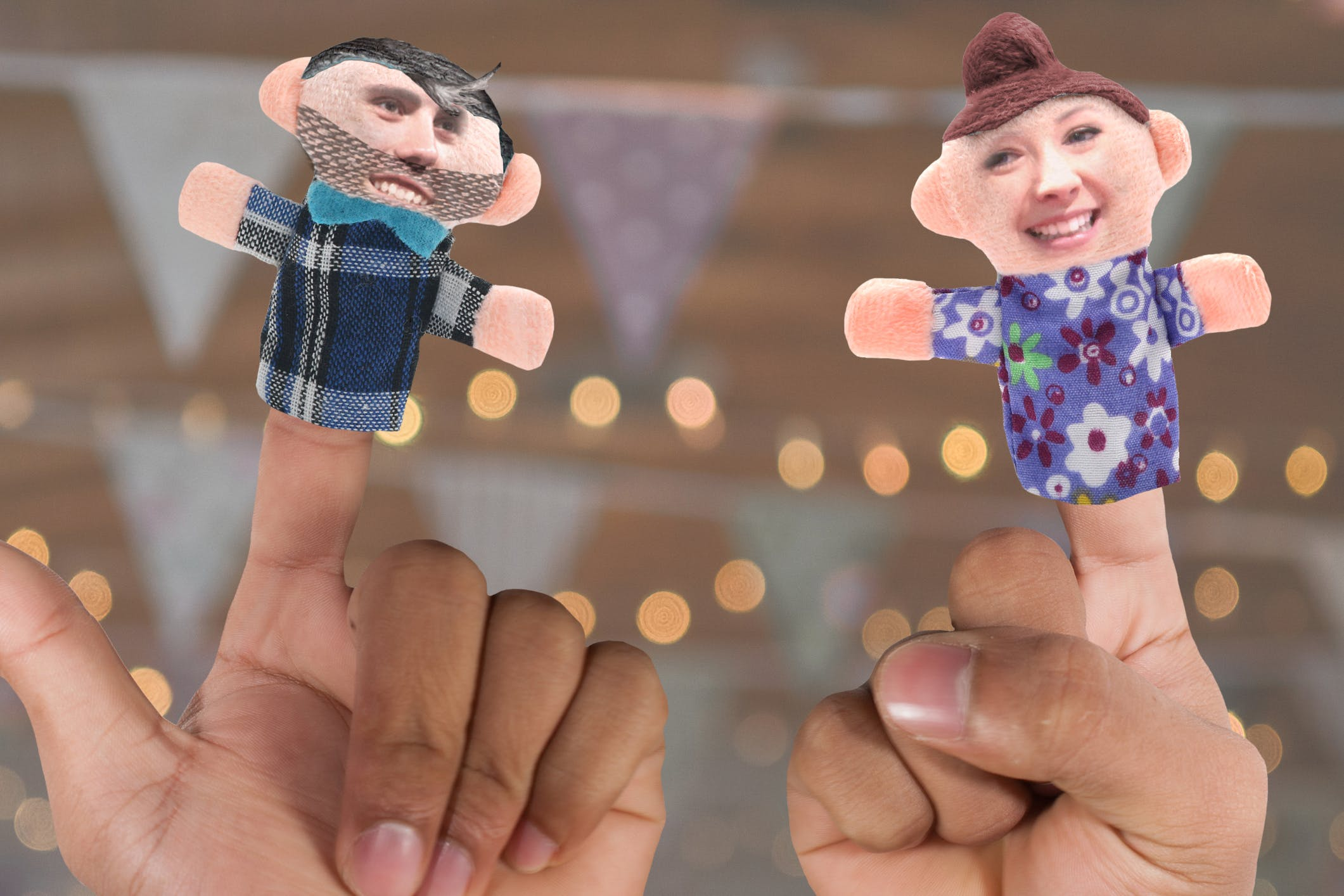Zoella and Alfie Deyes as finger puppets