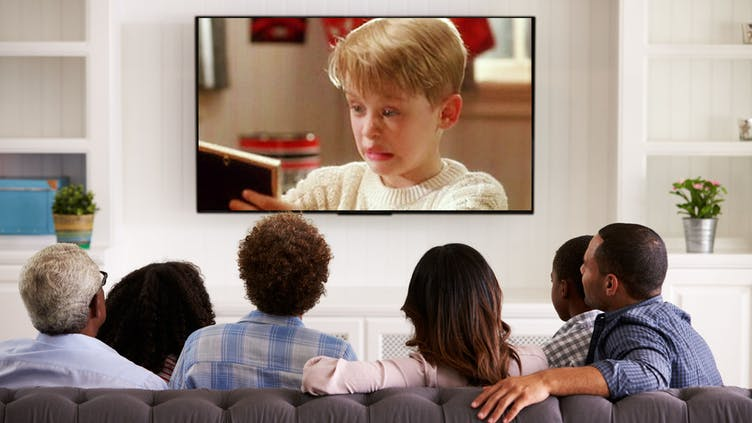 A family watching Home Alone